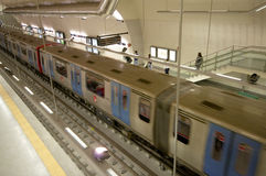 κινούμενο υπόγειο τρένο Στοκ Εικόνες