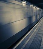 κινούμενο υπόγειο τρένο Στοκ Φωτογραφίες
