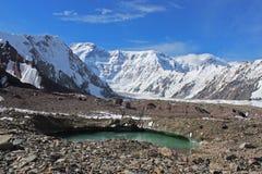 Κιργιστάν - αιχμή Pobeda (Jengish Chokusu) 7.439 μ Στοκ Φωτογραφίες