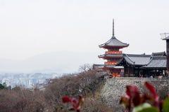 Κιότο, Ιαπωνία †«στις 17 Δεκεμβρίου 2017: Το kiyomizu-Dera βουδιστικό Στοκ εικόνες με δικαίωμα ελεύθερης χρήσης
