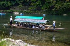 Κιότο, Ιαπωνία - 24 Ιουλίου 2016 Ποταμός Katsura στην περιοχή Arashiyama του Κιότο, Ιαπωνία Στοκ Εικόνες