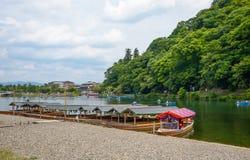 Κιότο, Ιαπωνία - 24 Ιουλίου 2016 Ποταμός Katsura στην περιοχή Arashiyama του Κιότο, Ιαπωνία Στοκ φωτογραφίες με δικαίωμα ελεύθερης χρήσης