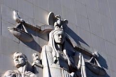 κλίμακες δικαιοσύνης πό&thet Στοκ εικόνα με δικαίωμα ελεύθερης χρήσης