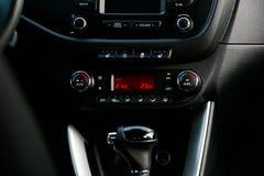 Κλίμα Controle ταμπλό αυτοκινήτων Έννοια 2 αυτοκινήτων στοκ εικόνα με δικαίωμα ελεύθερης χρήσης