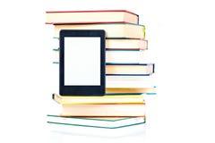 Κλίνοντας βιβλία εγγράφου Ebook νέα τεχνολογία έννοιας Στοκ Εικόνα