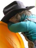 κλίνοντας μαριονέτα κολ&om Στοκ εικόνα με δικαίωμα ελεύθερης χρήσης
