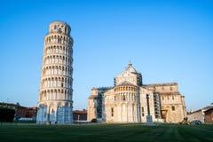 Κλίνοντας πύργος της Πίζας στην Πίζα - την Ιταλία στοκ φωτογραφία