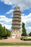 κλίνοντας πύργος στοκ φωτογραφίες