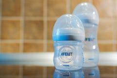 Κλασικά μπουκάλια σίτισης μωρών της Philips Avent Στοκ Εικόνες