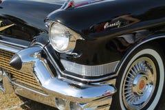 Κλασική κινηματογράφηση σε πρώτο πλάνο λεπτομερειών αυτοκινήτων πολυτέλειας αμερικανική Στοκ Εικόνες