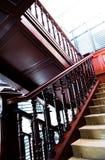 κλασική σκάλα Στοκ φωτογραφία με δικαίωμα ελεύθερης χρήσης