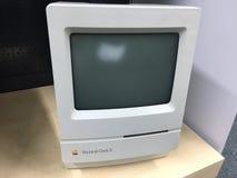 Κλασικός ΙΙ της Apple Computer Macintosh Στοκ φωτογραφία με δικαίωμα ελεύθερης χρήσης