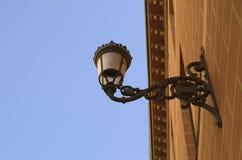 Κλασικός φωτεινός σηματοδότης στον τοίχο στοκ εικόνες