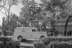 Κλασσικό αυτοκίνητο της τουρκικής κόκκινης ημισελήνου στοκ φωτογραφίες με δικαίωμα ελεύθερης χρήσης