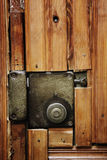 κλείδωμα πορτών παλαιό Στοκ φωτογραφία με δικαίωμα ελεύθερης χρήσης