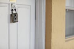 κλείδωμα σπιτιών κιβωτίων Στοκ Εικόνες