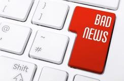 Κλείστε επάνω ενός πληκτρολογίου με τις κόκκινες κακές ειδήσεις κουμπιών Στοκ φωτογραφίες με δικαίωμα ελεύθερης χρήσης