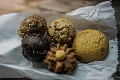 Κλείστε επάνω, μακροεντολή, η άποψη της σοκολάτας μεταχειρίζεται Στοκ Φωτογραφίες