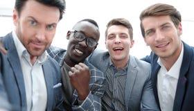 κλείστε επάνω ομάδα επαγγελματικών νέων υπαλλήλων στοκ εικόνες με δικαίωμα ελεύθερης χρήσης