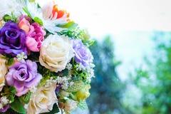 Κλείστε επάνω πολλών ζωηρόχρωμο λουλούδι αυξήθηκε για το γάμο & το λουλούδι Στοκ φωτογραφία με δικαίωμα ελεύθερης χρήσης