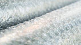 Κλείστε επάνω τα άσπρα αγαθά προστασίας στρεβλώσεων αεροφυσαλίδων Στοκ Εικόνα