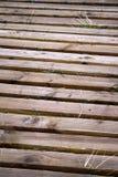 Κλείστε επάνω την ξύλινη ξύλινη διάβαση πεζών Στοκ φωτογραφίες με δικαίωμα ελεύθερης χρήσης