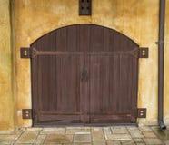Κλείστε επάνω της ιταλικής διπλής πόρτας Στοκ εικόνα με δικαίωμα ελεύθερης χρήσης