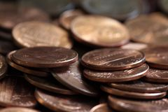 Κλείστε επάνω των ΗΠΑ το σωρό νομισμάτων ενός σεντ Στοκ φωτογραφία με δικαίωμα ελεύθερης χρήσης