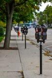 Κλείστε επάνω των μετρητών χώρων στάθμευσης στοκ εικόνες με δικαίωμα ελεύθερης χρήσης