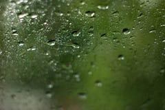 Κλείστε επάνω των φυσικών πτώσεων νερού στη σύσταση γυαλιού Στοκ Εικόνα