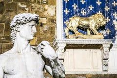 Κλείστε επάνω Michelangelo ` s Δαβίδ στο della Signoria Φλωρεντία, Ιταλία πλατειών στοκ φωτογραφία με δικαίωμα ελεύθερης χρήσης