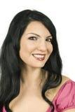κλείστε τη γυναίκα χαμόγ&epsi Στοκ εικόνα με δικαίωμα ελεύθερης χρήσης