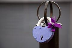 Κλειδαριά καρδιών για τους εραστές στοκ φωτογραφία με δικαίωμα ελεύθερης χρήσης