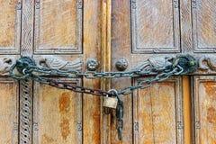 Κλειδωμένη ξύλινη πόρτα Στοκ Εικόνα