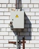 Κλειδωμένο ηλεκτρικό κιβώτιο Στοκ εικόνες με δικαίωμα ελεύθερης χρήσης
