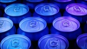 Κλουβί των μπυρών που περιστρέφονται στο κόμμα φιλμ μικρού μήκους