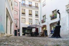Κοΐμπρα, Πορτογαλία, στις 13 Αυγούστου 2018: Το Plaza κάλεσε del Arco Almedina στο παλαιό μέρος της πόλης με τους ανώμαλους κυβόλ Στοκ Εικόνες