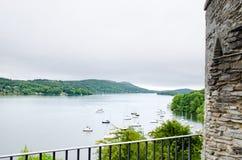 Κοίταγμα πέρα από τη λίμνη Windermere στην περιοχή λιμνών Στοκ φωτογραφία με δικαίωμα ελεύθερης χρήσης