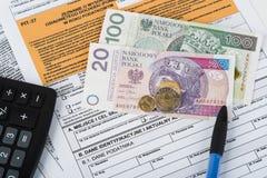 Κοίλωμα φορολογικής δήλωσης Στοκ φωτογραφίες με δικαίωμα ελεύθερης χρήσης