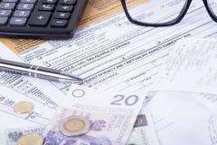 Κοίλωμα φορολογικής δήλωσης Στοκ Φωτογραφία