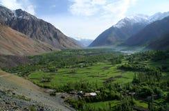 Κοιλάδα βουνών σε Karakorum Στοκ εικόνες με δικαίωμα ελεύθερης χρήσης