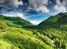 κοιλάδα βουνών Στοκ Φωτογραφίες