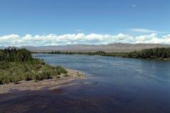 Κοιλάδα ποταμών Yenisei, νότια Σιβηρία Δημοκρατία της Τουβά Τοπίο φθινοπώρου στοκ φωτογραφία με δικαίωμα ελεύθερης χρήσης