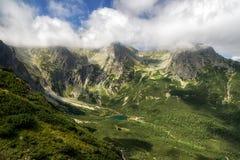 Κοιλάδα στα υψηλά βουνά Tatras, Σλοβακία Στοκ φωτογραφία με δικαίωμα ελεύθερης χρήσης