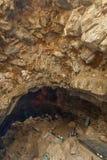 Κοιλάδα Araku, Visakhapatnam Άντρα Πραντές, Ινδία, στις 4 Μαρτίου 2017: Εσωτερική άποψη της σπηλιάς borra στοκ εικόνα με δικαίωμα ελεύθερης χρήσης