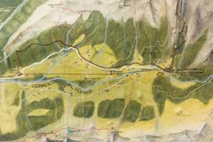 Κοιλάδα Ridnaun στο νότιο Τύρολο, Ιταλία -Ιταλία-μπορώ 27.2017: Χάρτης των ορυχείων στην κοιλάδα Ridnaun Το Monteneve είναι το υψ στοκ εικόνα