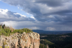 κοιλάδα απότομων βράχων Στοκ φωτογραφία με δικαίωμα ελεύθερης χρήσης