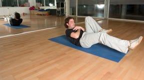 κοιλιακές ασκήσεις Στοκ εικόνα με δικαίωμα ελεύθερης χρήσης