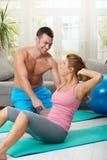 Κοιλιακή άσκηση στοκ εικόνες