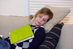 κοιμισμένος σπουδαστή&sigmaf Στοκ φωτογραφία με δικαίωμα ελεύθερης χρήσης